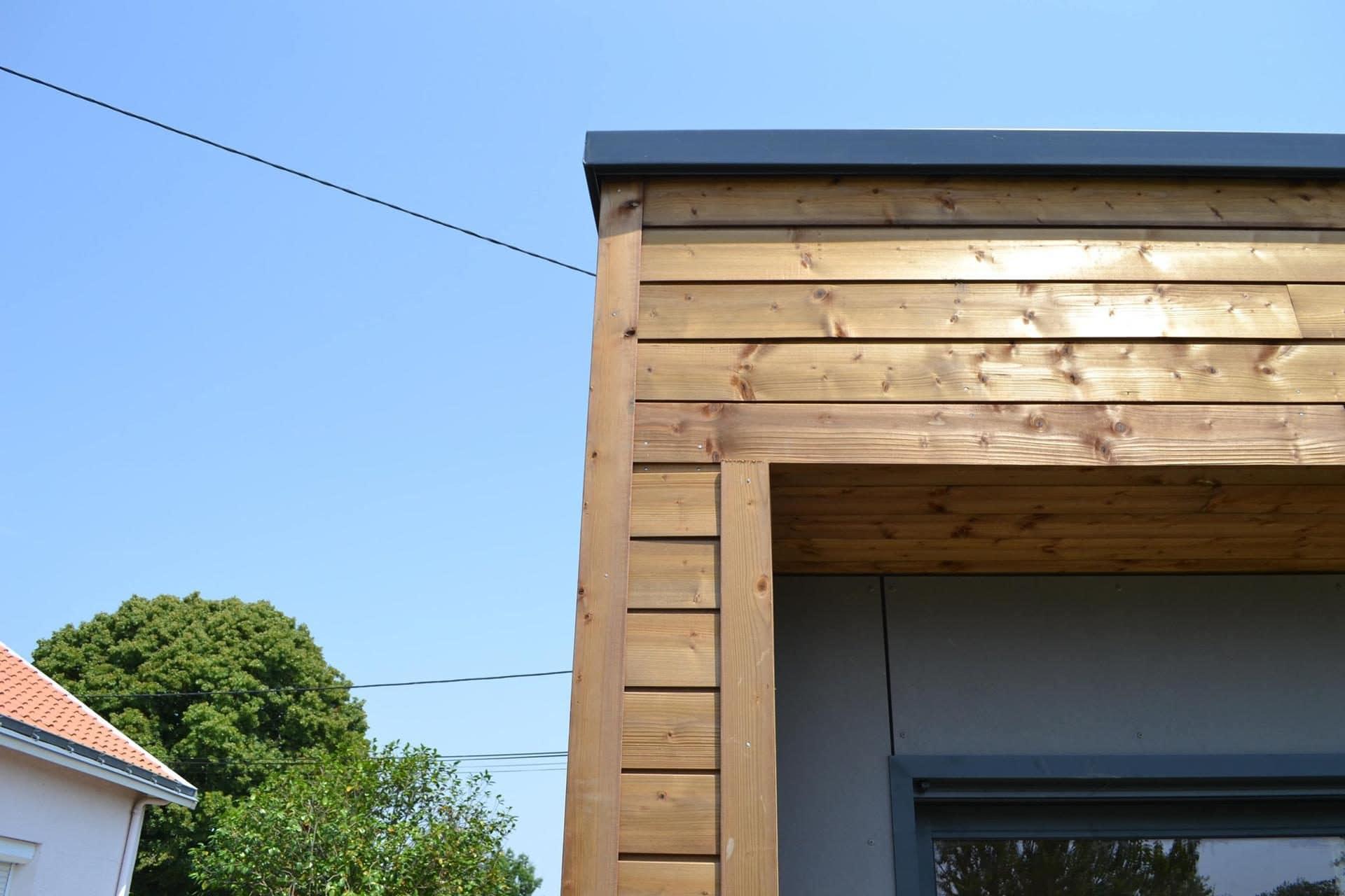 detail angle devant maison woodyloft